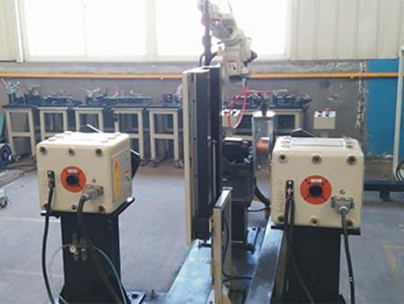 日本松下自动焊接机器人