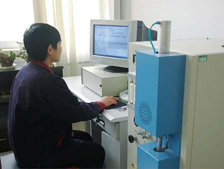 义和车桥技术中心硫酸分析仪