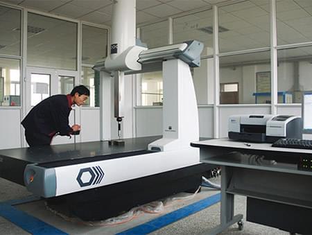义和车桥技术中心三坐标测量仪